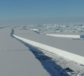 Wilkins ice shelf collapse