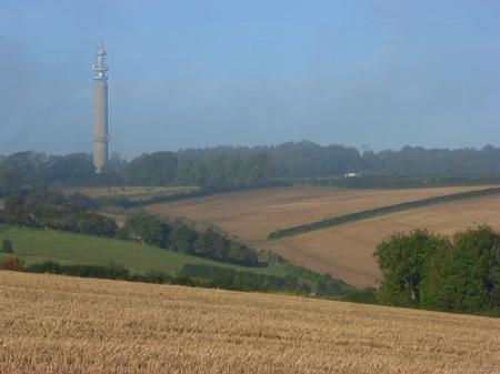 Farmland,_Stokenchurch_-_geograph.org.uk_-_1013299