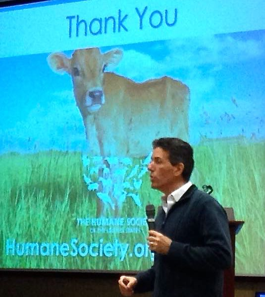 """Wayne Pacelle at the NSAS conference. """"Farmers should be leading the way in the humane treatment of the animals we eat. (Author photo)"""
